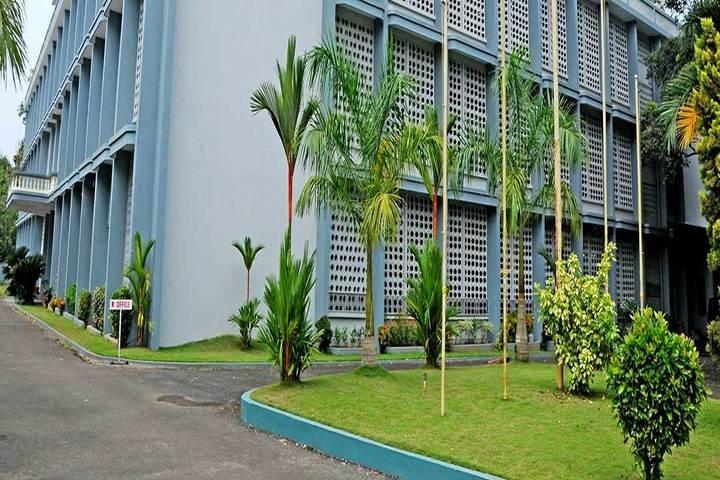 Santa Cruz Public School-School Campus