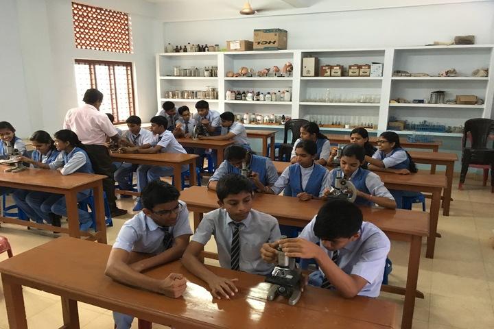 Santa Maria Public School-Lab