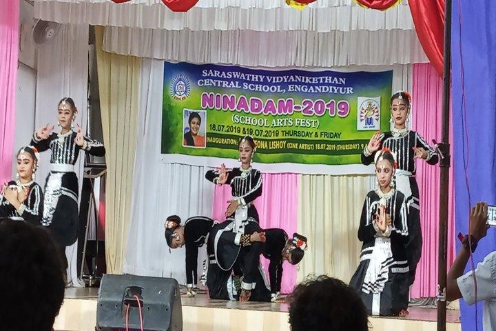 Saraswathy Vidya Niketan-Fest