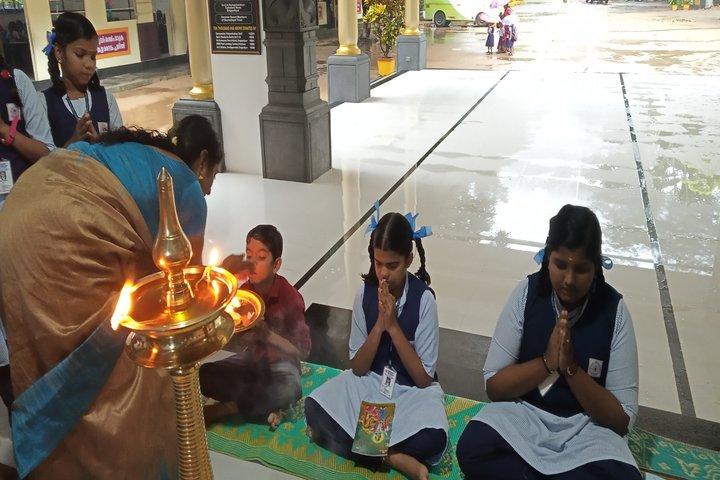 Saraswathy Vidya Niketan-Onam
