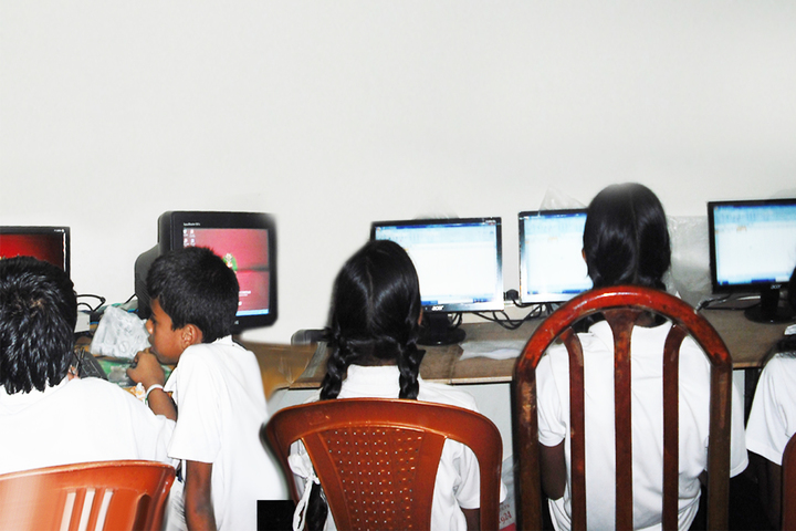 Shree Vidyadhiraja Seva Mission School-Computer-Lab