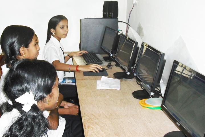 Shree Vidyadhiraja Seva Mission School-IT-Lab