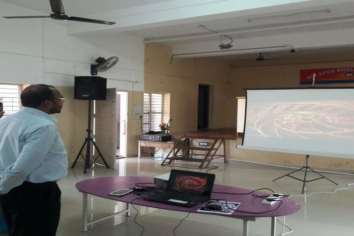 Sir Syed English School-Seminar