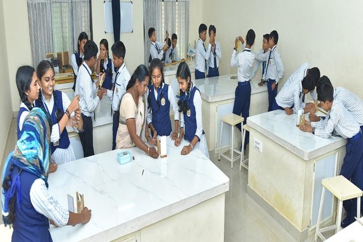 Sree Narayana Central School-Laboratory