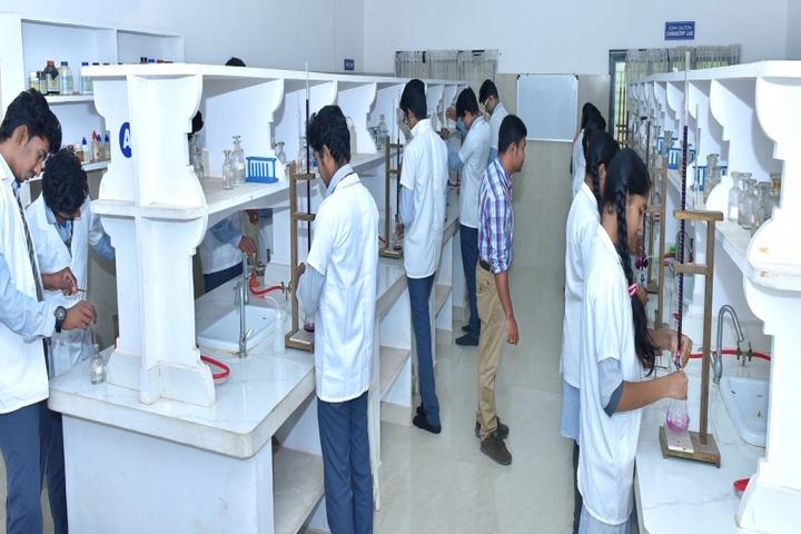 Sree Narayana Central School-Lab