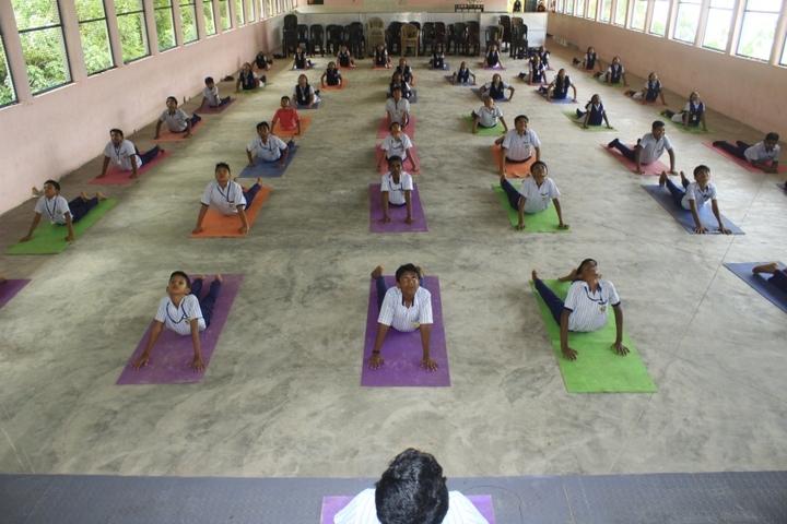 Sree Narayana Central School-Yoga