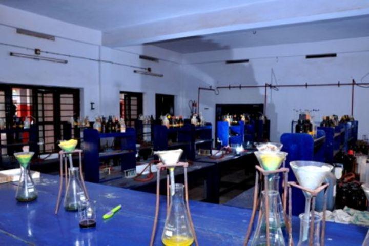 Sree Narayana Vidya Mandir Senior Secondary School-Chemistry Lab