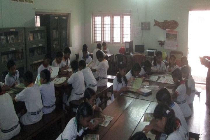 Sree Narayana Vidyapeetam Public School-Library