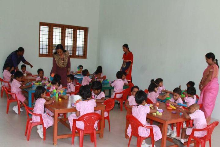 Sree Narayana Vidyapeetam Public School-Playarea