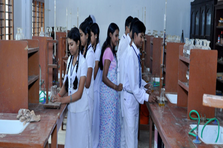 Sree Sabari Central School-Chemistry Lab