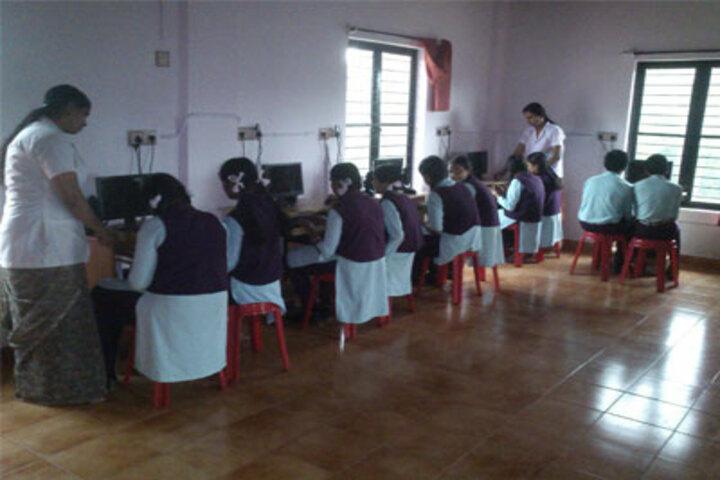 Sree Sankara Vidya Peedhom English Medium School-Computer Lab