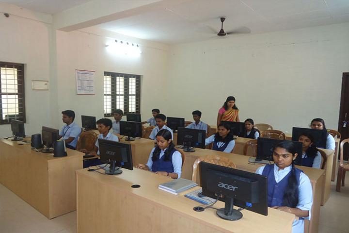 Sree Saraswathy Vidya Mandir-Computer Lab