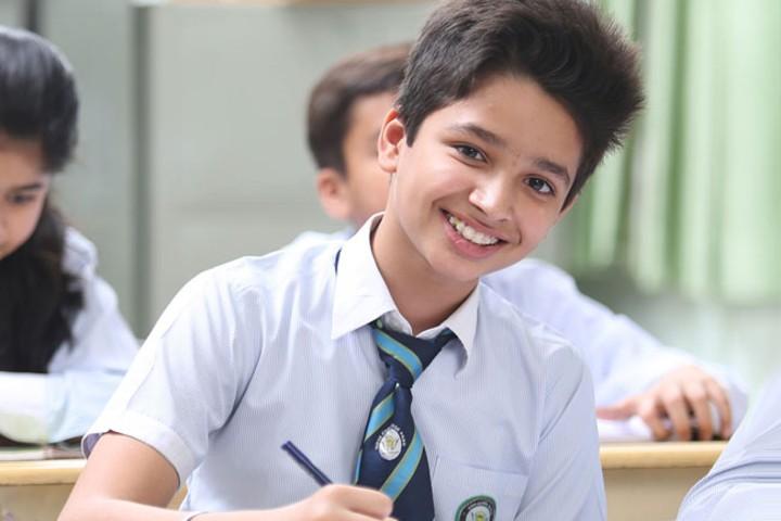 Sreeniketan Central School student