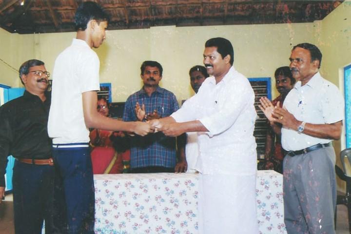 Sreeniketan Central School prize