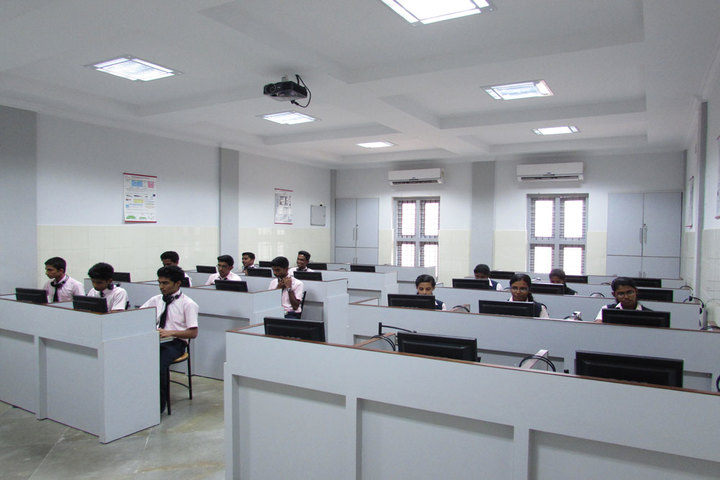 St Julianas Public School-Computer Lab