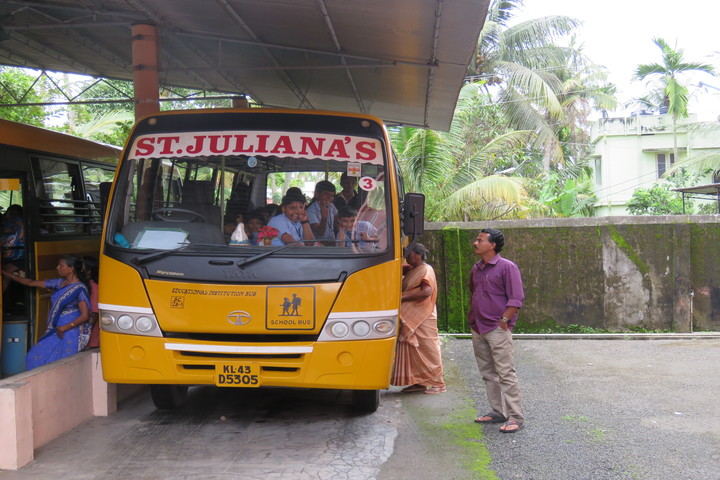 St Julianas Public School-Transport