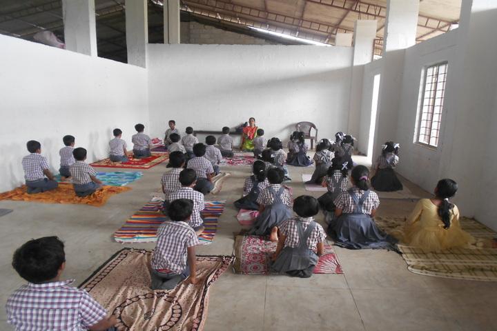 St Meeras Public School-Yoga