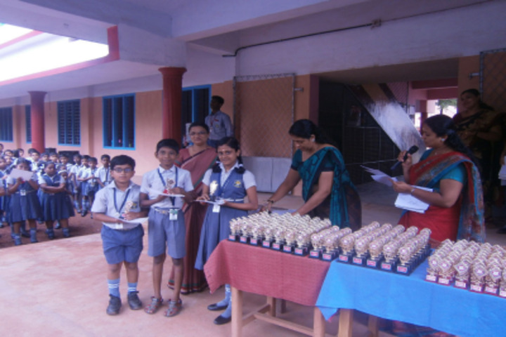 St Thomas English Medium School-Prize Distribution