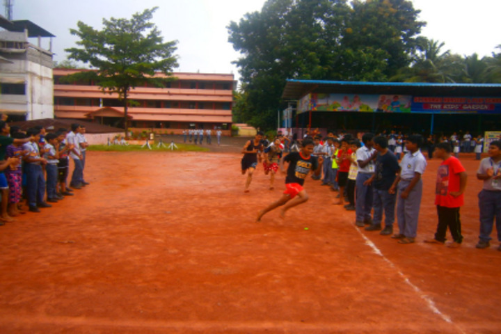 St Thomas English Medium School-Sports Day