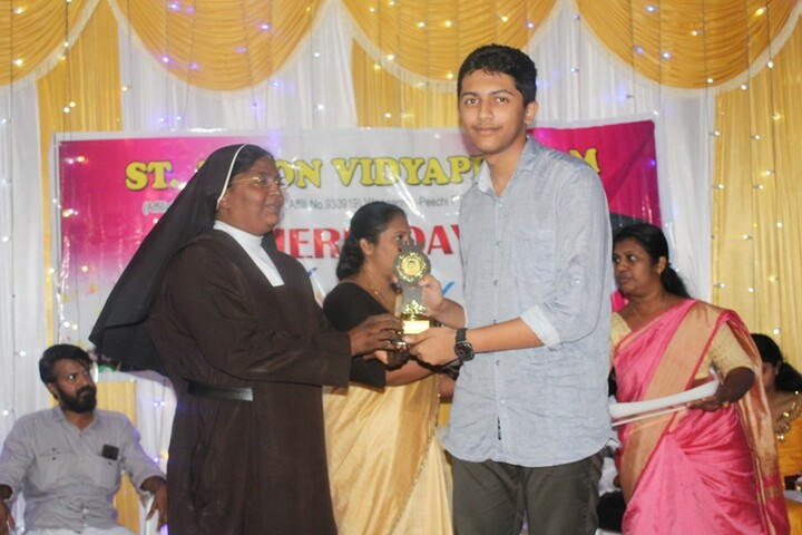 St Anton Vidyapeedam-Prize Distribution