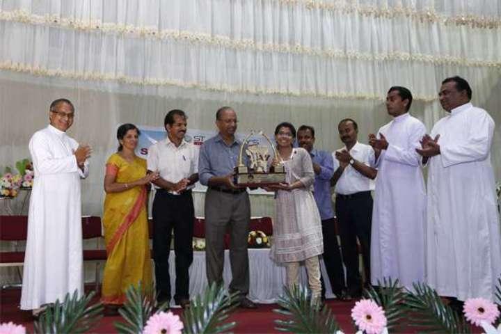 """St Antonys Public School-Prize Distribution"""