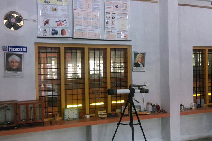 St Claret Public School-Physics Lab