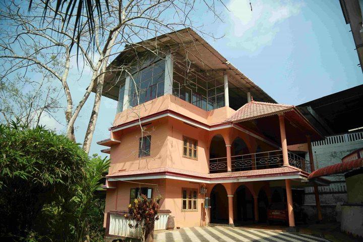 St Kuriakose Public School-Hostel