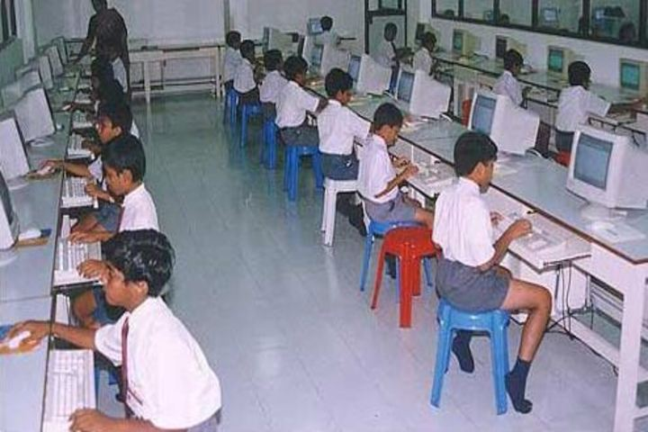 St Thomas Central School-Computer Lab