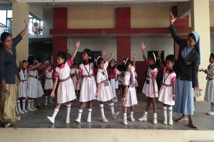 St Antonys Public School-Dance Class