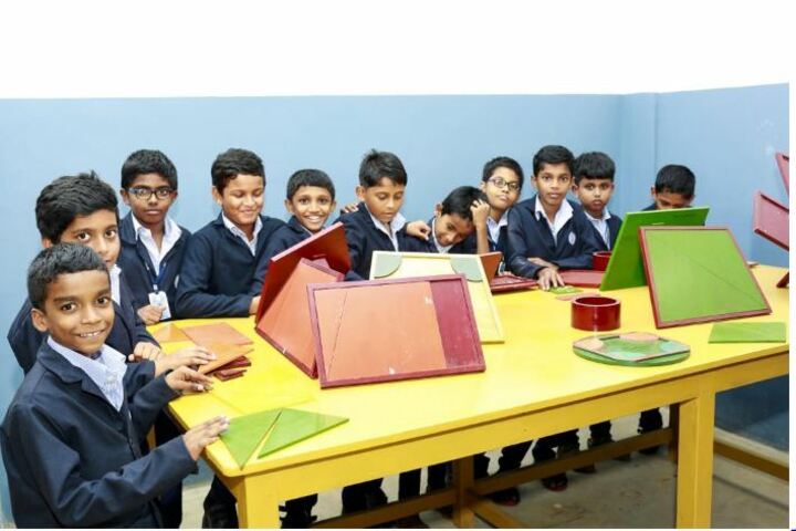 St Dominic Convent English Medium School-Art and Crafts