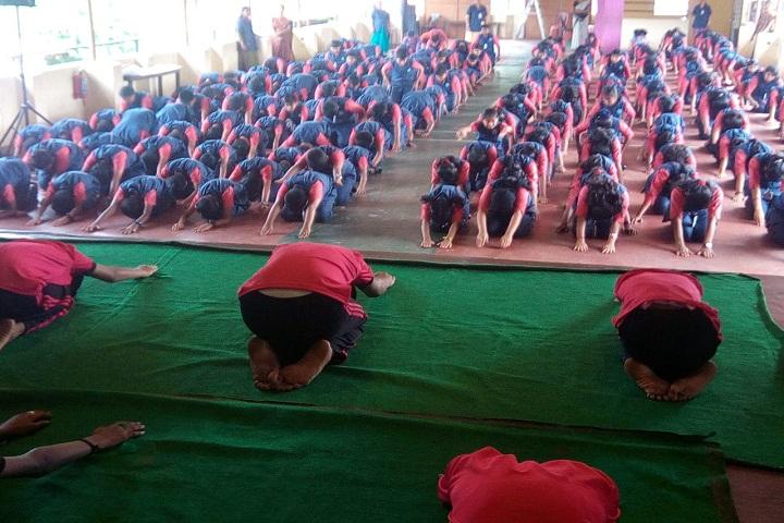 St John The BaptistS English School-Yoga